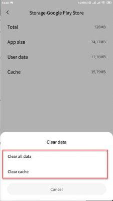 hapus data dan cache google play store agar download tidak tertunda